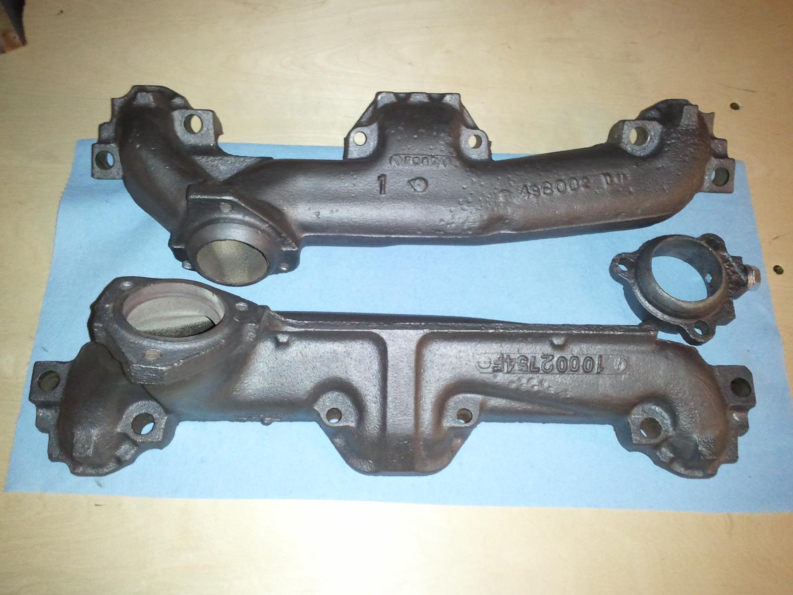 Pontiac 400 Exhaust Manifolds